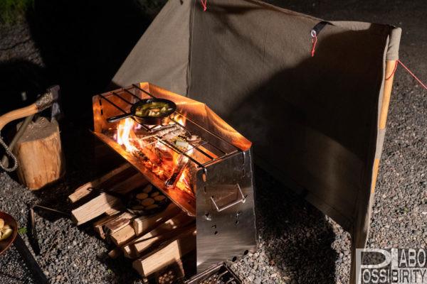 薪グリルラージ,ユニフレーム,UNIFLAME,おすすめ,焚き火料理,調理,人気グリル自作リフレクター,サイズ比較