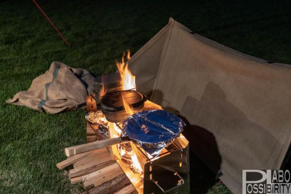 薪グリルラージ,ユニフレーム,UNIFLAME,おすすめ,焚き火料理,調理,人気グリル,自作リフレクター,サイズ比較