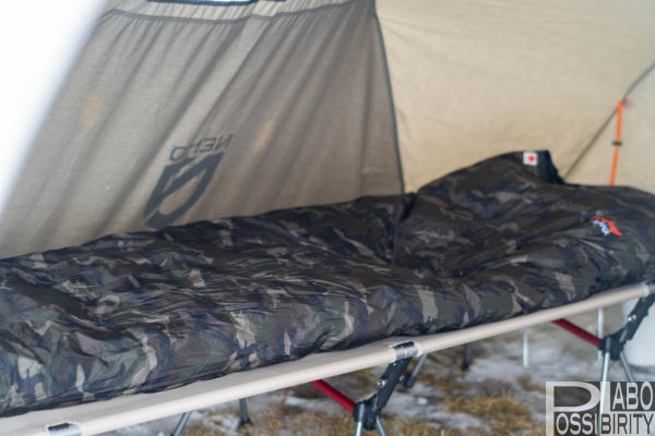 冬キャンプ,雪中キャンプ,防寒対策,初心者,注意点,問題点,解決策,必要,アイテム,持ち物,大変さ,苦労,デメリット,メリット