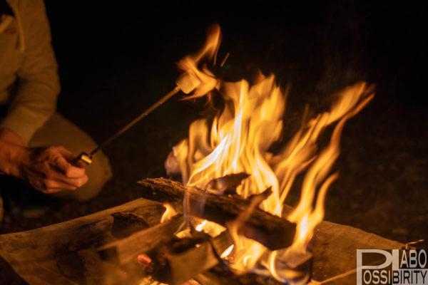 キャンプ初心者おすすめ,焚き火,必須アイテム,選び方,焚き火台